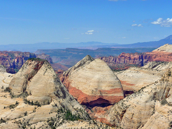 Views along The West Rim Trail
